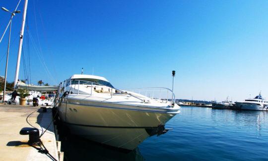 Аренда яхт и катеров в Италии (фото катера)