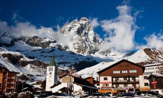 Трансфер на горнолыжные курорты Италии (фото горнолыжного курорта)